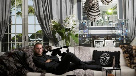 online retailer a3afd 4ba15 Una notte a Parigi con Philipp Plein, rientro a Lugano e ...